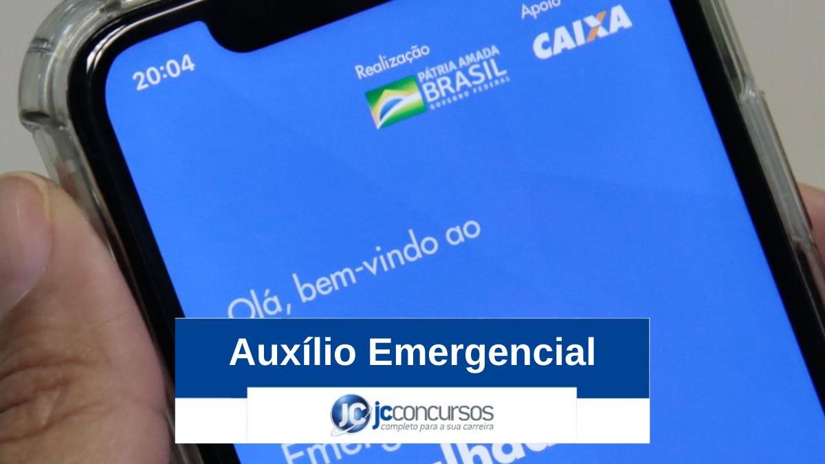 Bolsonaro sanciona ampliação do auxílio emergencial com vetos
