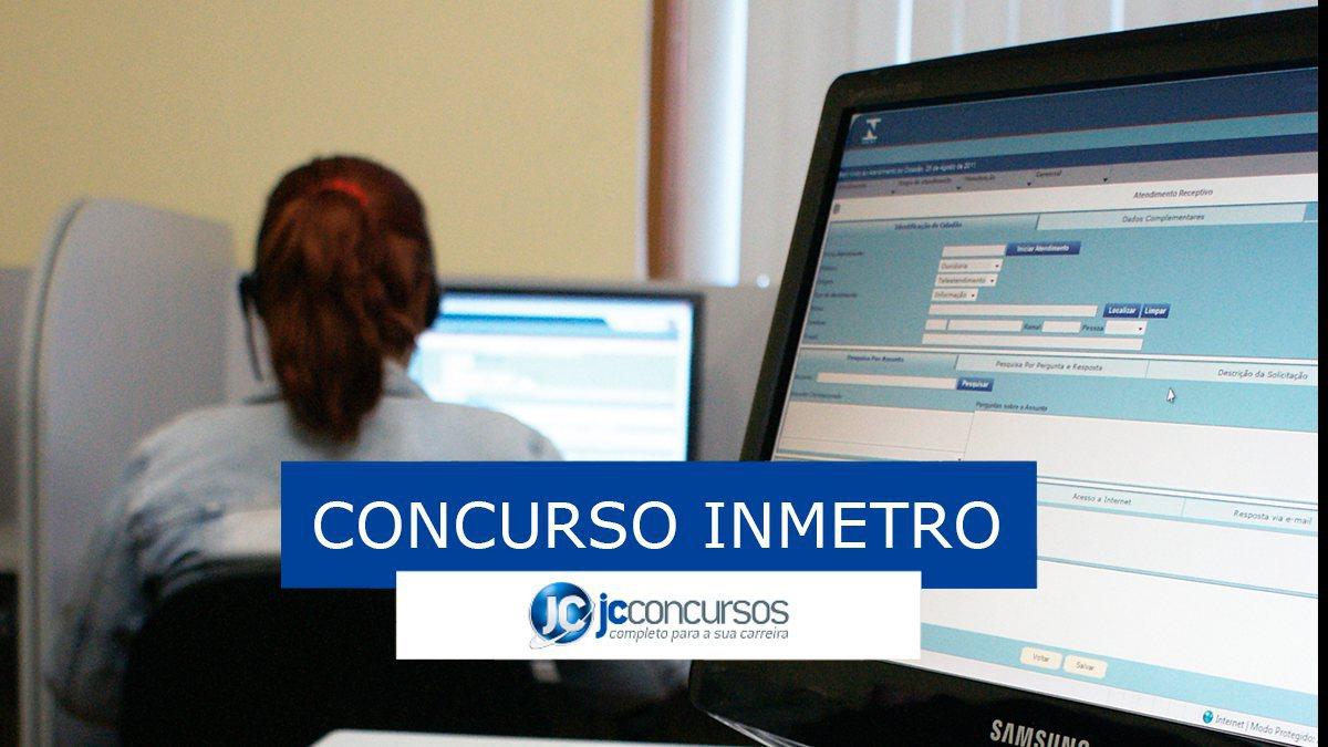 Concurso Inmetro: pessoa trabalhando em computador