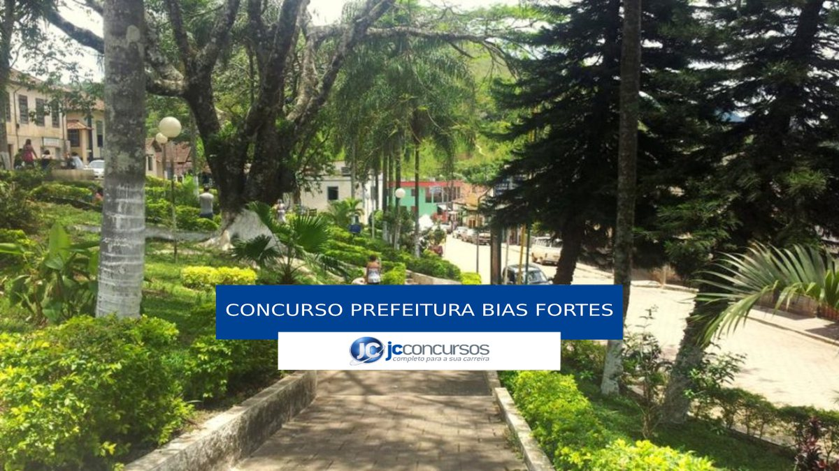 Concurso Prefeitura de Bias Fortes - praça na área central do município
