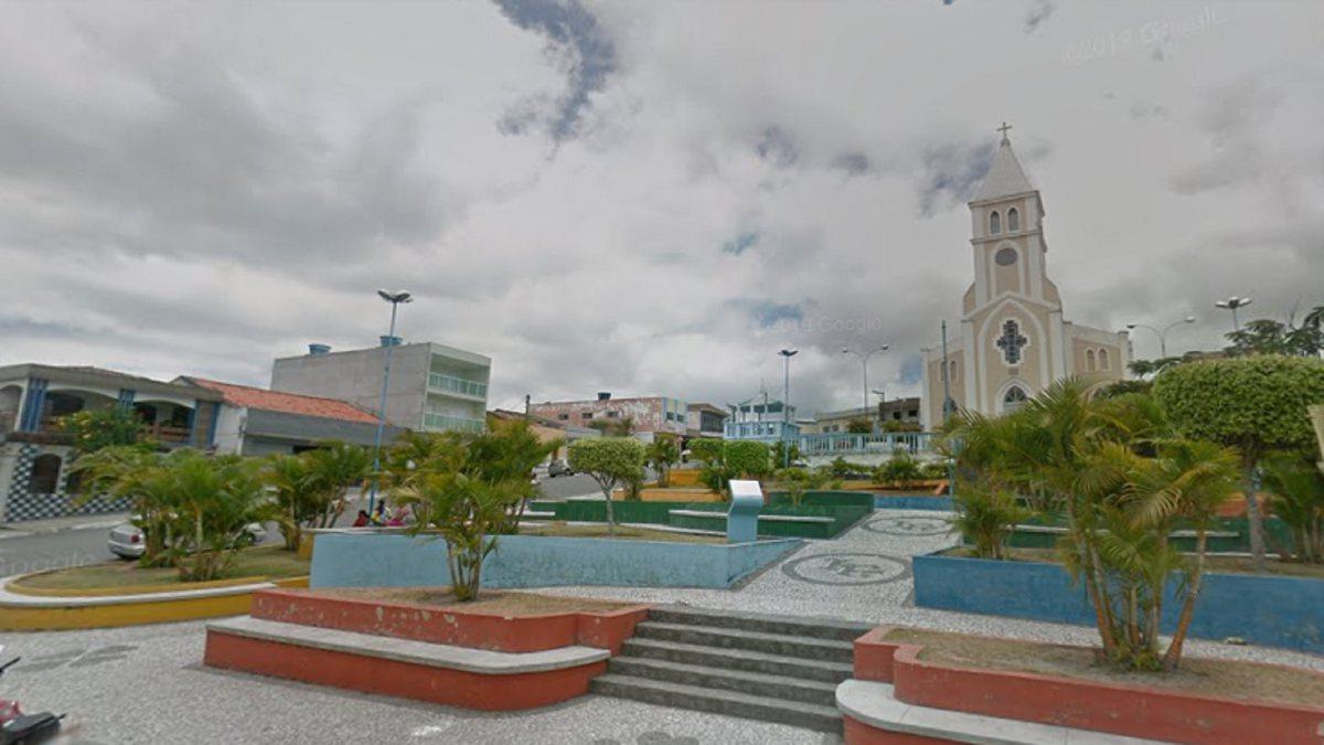 Concurso Prefeitura de Jurema - praça localizada na área central do município