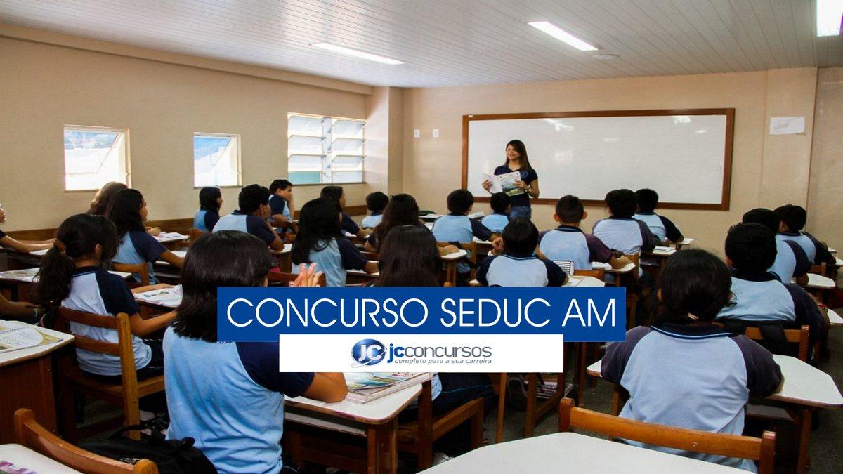 Concurso Seduc AM - estudantes em sala de aula
