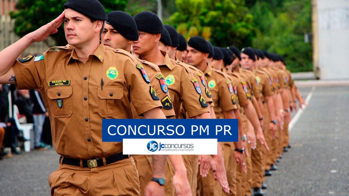 Concurso PM PR: soldado batendo continência